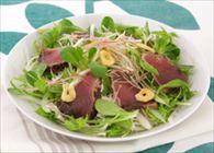 かつおと水菜と薬味のサラダ