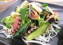 胡瓜とタコのピリ辛中華サラダ