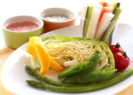 季節野菜と2種のディップ~塩クリームチーズディップ&クリーミー梅ディップ~