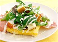 食パンdeパンケーキ風サラダプレート