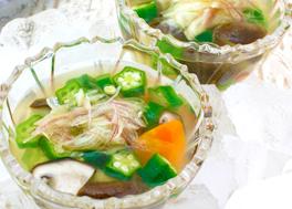オクラと里芋のネバネバスープ