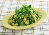 パクチーと千切りポテトのサラダ